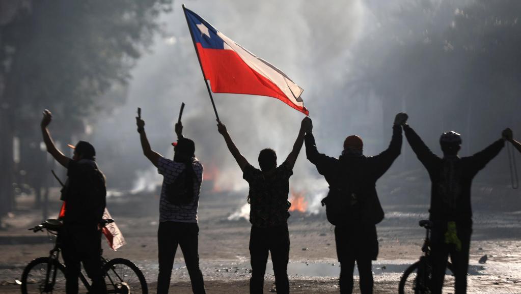 2019-10-21t234834z_649573930_rc1da1c38160_rtrmadp_3_chile-protests